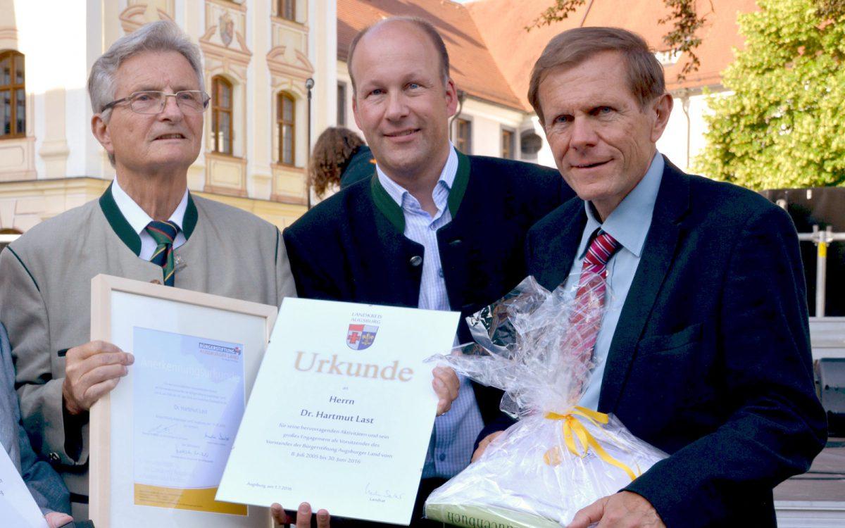 Bürgerstiftung Augsburger Land dankt Dr. Hartmut Last